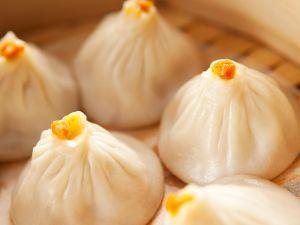 Asiatische Krebsfleisch-Teigtaschen Rezept