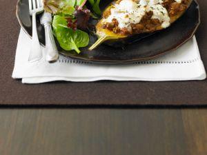 Aubergine mit Hackfleisch-Feta-Füllung Rezept