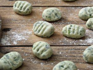 Auberginen-Basilikum-Gnocchi Rezept
