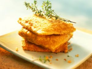 Ausgebackene Brote mit Mozzarella Rezept