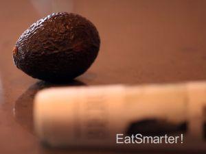Avocado schneller reifen lassen