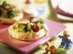 Baby-Pizza mit Brokkoli Rezept