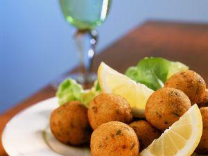 Bacalhau-Bällchen Rezept