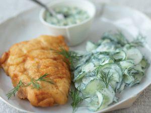 Backfisch mit Gurkensalat Rezept
