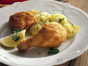 Backhendl auf Wiener Art mit Kartoffeln Rezept