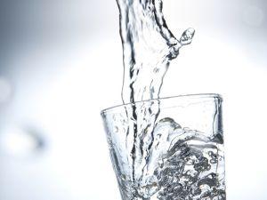 Basisches Wasser: gefährlicher Trend?
