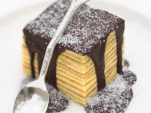 Baumkuchen-Quadrate mit Schokoglasur Rezept