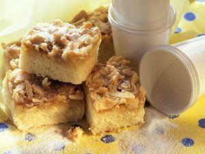 Becherkuchen mit Mandeln Rezept