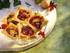 Blätterteig-Fruchtschnitten Rezept