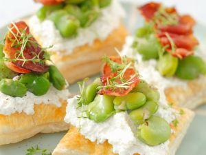 Blätterteig-Schnitten mit Bohnen und Ricotta Rezept