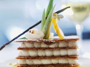 Blätterteiggebäck mit Vanillecreme und Maracuja Rezept