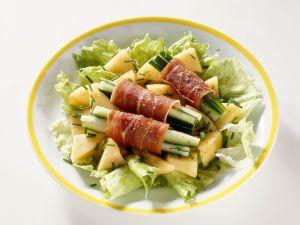 Blattsalat mit Gurken, Schinken und Melone Rezept