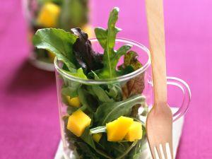 Blattsalat mit Mango Rezept