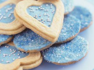Blaue Plätzchen (Herzen und Taler) Rezept