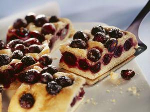 Blechkuchen mit roten Trauben Rezept