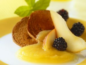 Blinis mit Früchten Rezept