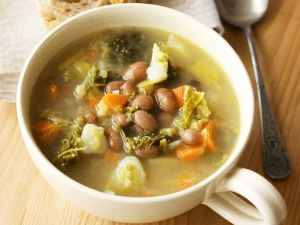 Bohnen-Gemüse-Suppe Rezept
