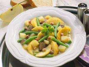 Bohneneintopf mit Äpfeln und Rind Rezept