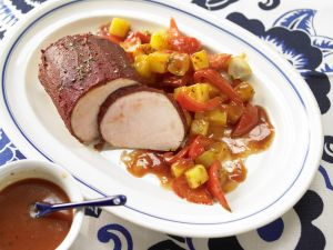 Braten mit Paprika-Kartoffeln Rezept
