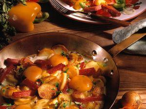 Bratkartoffeln mit Salat Rezept