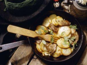 Bratkartoffeln mit Schweinefleisch Rezept
