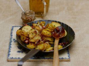 Bratkartoffeln mit Speck Rezept