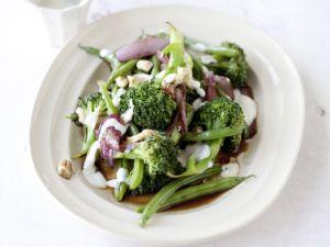 Brokkoli-Bohnen-Salat mit Tofudressing Rezept