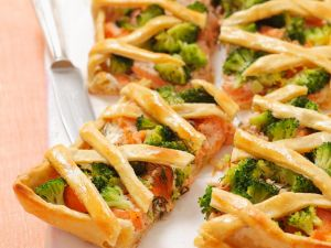 Brokkolikuchen mit Lachs Rezept