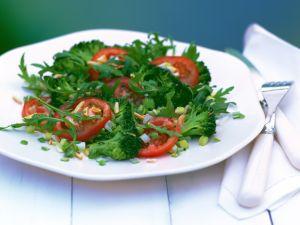 Brokkolisalat mit Rucola Rezept