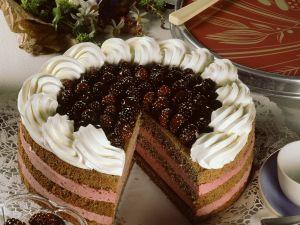 Brombeertorte mit Schokoladenbiskuit Rezept