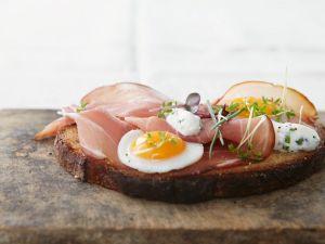Brot mit Schinken und Ei (Strammer Max) Rezept