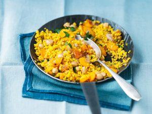 Bulgur mit Gemüse und Aprikosen Rezept