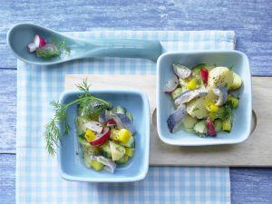 Bunter Kartoffel-Hering-Salat Rezept