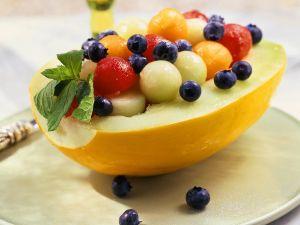 Bunter Melonen-Heidelbeersalat Rezept