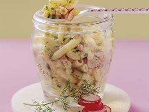 Bunter Nudelsalat mit Schinken, Radieschen und Käse Rezept