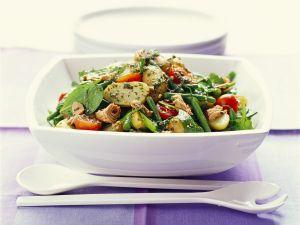 Bunter Thunfischsalat mit Kartoffeln und grünen Bohnen Rezept