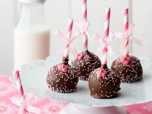 Cake Pops mit Schokoglasur Rezept