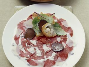 Carpaccio vom Rind mit Parmesan und Trüffel Rezept