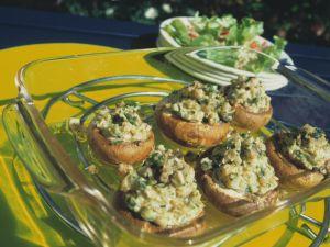 Champignons mit Kräuter-Füllung Rezept