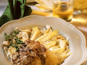 Chicoree mit Kalbsschnitzelchen Rezept