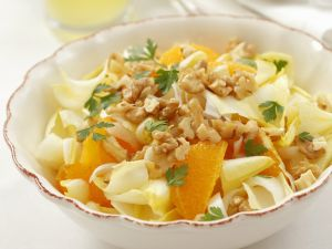 orangen chicoree salat mit n ssen rezept eat smarter. Black Bedroom Furniture Sets. Home Design Ideas
