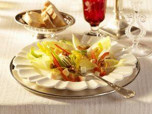 Chicorée-Paprika-Salat Rezept