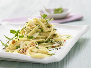Chili-Knoblauch-Spaghetti Rezept