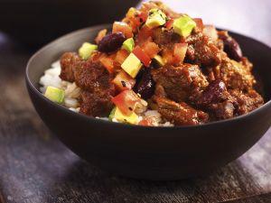 Chili mit Salsa und Reis Rezept