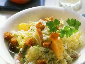 Chinakohlsalat mit Früchten Rezept
