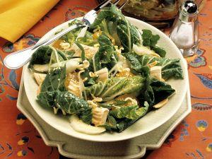 Chinakohlsalat mit Hähnchen Rezept
