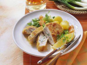 Cordon Bleu mit Hähnchen dazu Gemüse Rezept