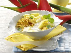 Cornflakes mit Bananen-Zimt-Milch und Ananas Rezept