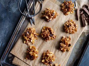 Cornflakes-Nuss-Crossies mit Schokolade Rezept