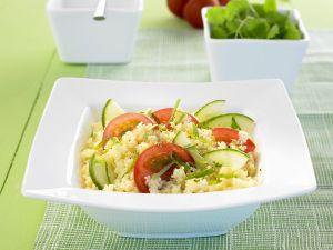 Couscous-Tomaten-Salat mit Gurke Rezept